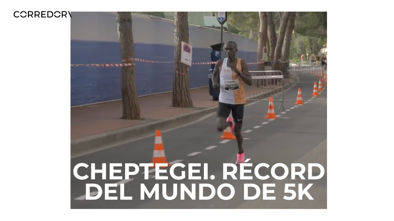 Cheptegei bate el récord del mundo de 5K (a 2:34 min/km)