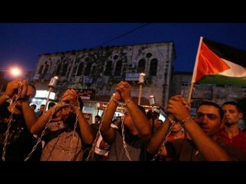 كيف تعاملت السلطات الإسرائيلية مع إضراب الأسرى الفلسطينيين؟  - 16:24-2017 / 4 / 18