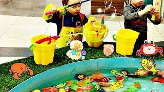 Рыбалка для детей на магнитах-развлекательное детское видео.Fishing for kids on magnets