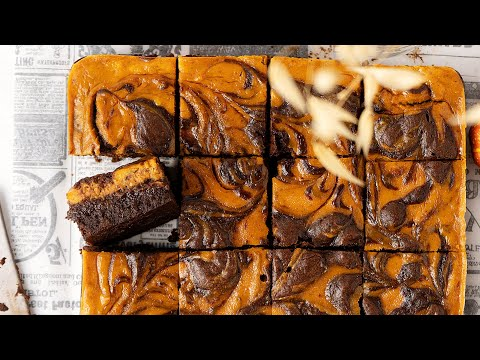 Easy Pumpkin Cheesecake Brownies (Soft & Fudgy)