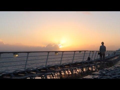 A Bahamas sunrise, breakfast & shopping at sea - 2019 Royal Caribbean Cruise -  Day 2.0 (3-27-19)