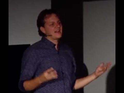 Sostenibilidad urbana | Santiago Ortega | TEDxUniversidadDeAntioquia
