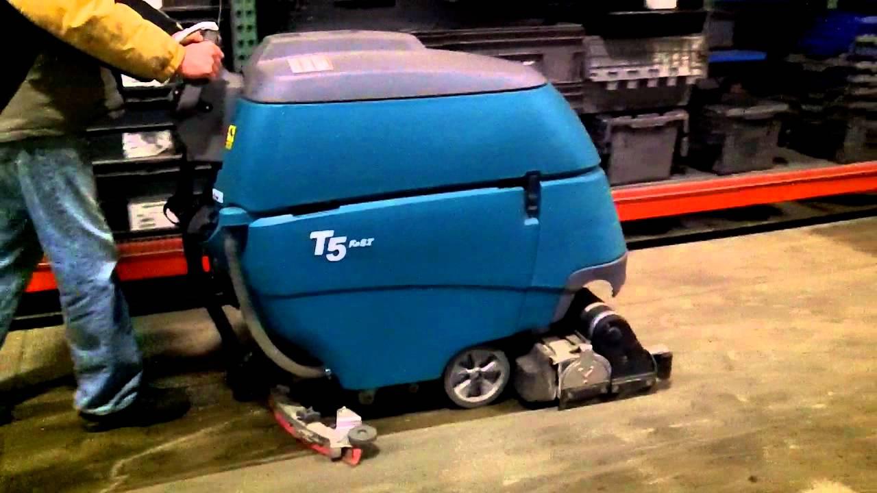 Tennant T5 Floor Scrubber Dryer Youtube