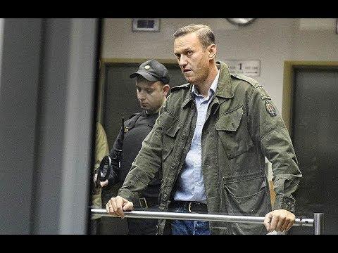 Навальный задержан в