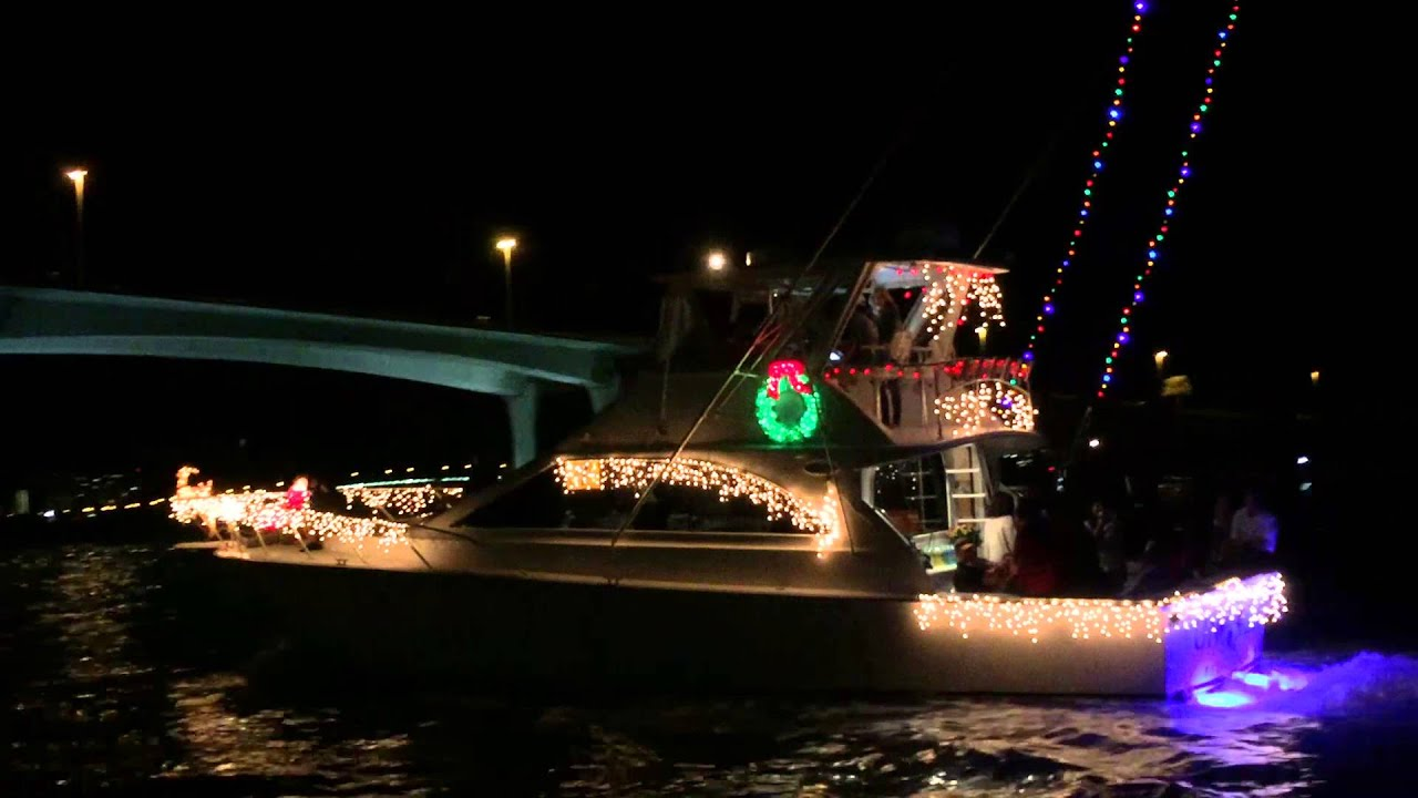 Clearwater Christmas Boat Parade 2015 - YouTube