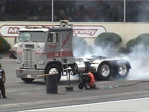 Big Rigs Drag Racing Pt 5 July 27 13 Diesel Nats Youtube