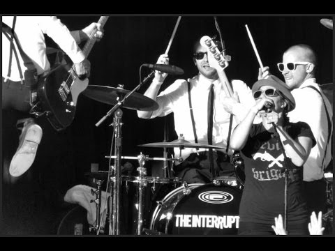 """The Interrupters - """"Sound System"""" (Operation Ivy cover) & """"Family """" (live)"""