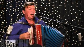 Потомственный казак-песельник Юрий Щербаков - концерт на радио Наше Подмосковье(В студии программы