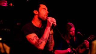 Maroon 5 - Payphone Live at Red Bull Sound Space