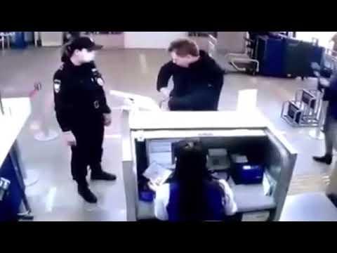 Дмитрий Овсянников в аэропорту Ижевска