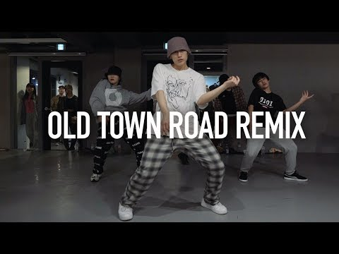 Download Lagu Old Town Road Remix - Lil Nas X ft. Billy Ray Cyrus / Enoh Choreography MP3