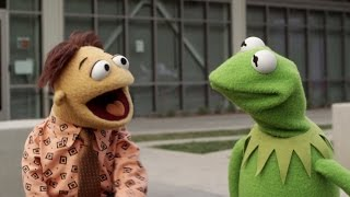 Kermit and Walter at YouTube Space L.A. | The Muppets