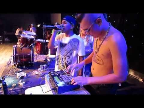 MC Gui e MC Natan ao vivo no mesmo palco em São Paulo
