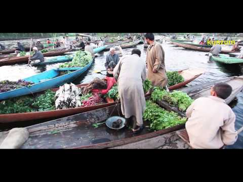 Srinagar, Kashmir, India: Fruits and Vegetables Floating Market on Dal Lake | EXPLORE