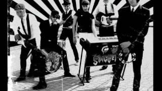 the incrredible staggers - do the ripper.wmv(studio)