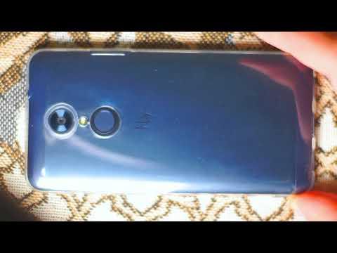 Мой смартфон Fly FS518 Cirrus 13 в новом чехле-бампере с новой защитной плёнкой на экране