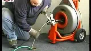 видео Оборудование для прочистки канализации