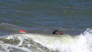 rescate por guardavidas de villa gesell thumbnail