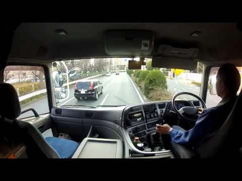 トレーラーの運転風景2