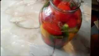 Как консервировать огурцы с помидорами