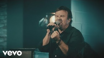 Casting Crowns - Just Be Held (Live)