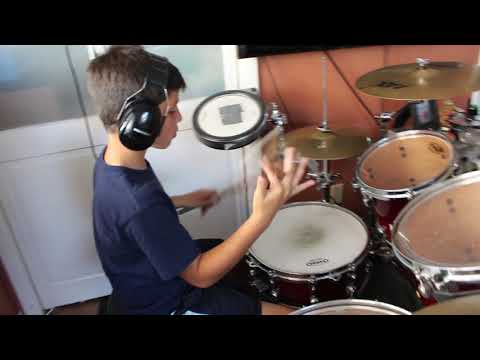 """Super Cool 9 Year-Old Drummer Covers """"Ric Flair Drip"""" by Offset & Metro Boomin"""