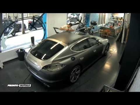 Impresionante Porsche Panamera Turbo en Gris Grafito con detalles - Car Wrapping by Pronto Rotulo