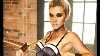 THE ASHLEY ROBERTS TOP KNOT! Thumbnail