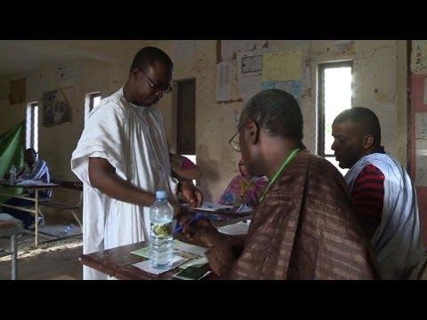 Mauritanian leader set to win new term amid poll boycott