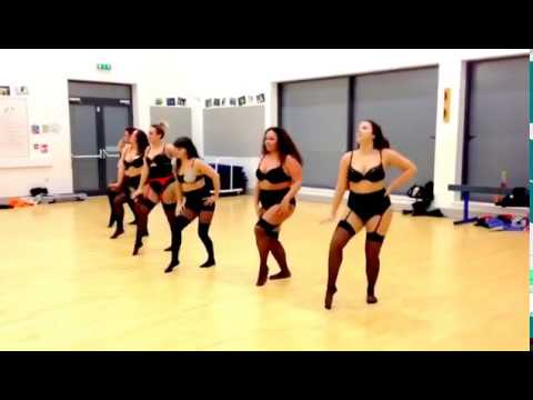 I Am A Good Girl - Burlesque Dance Routine Beginners - Christina Aguilera
