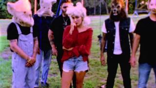 Смотреть клип Jesse Jo Stark - Monster Party