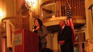 Pilar Pinel founder of ELLAS delivers WOMAN OF THE YEAR AWARD SPEECH