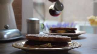 Egg Recipe - How To Make Egg And Bacon Sandwiches