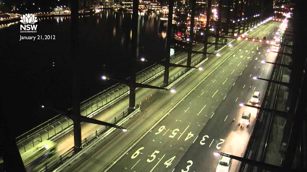 sydney harbour bridge resurfacing time lapse main deck. Black Bedroom Furniture Sets. Home Design Ideas