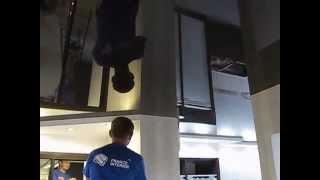 Франс интерьер натяжной потолок в проходной кухне