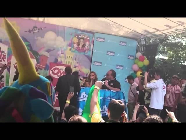 Thalía - Firma de Autografos - Viva Kids