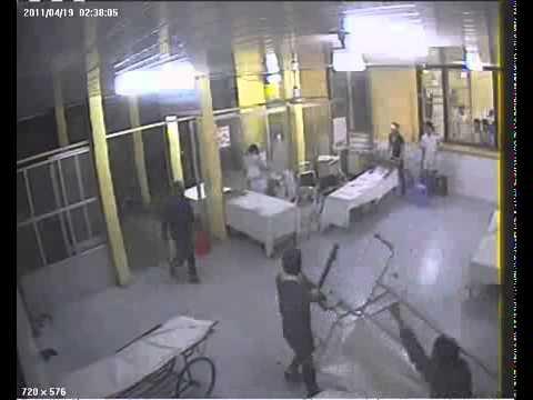 Chém nhau trong bệnh viện