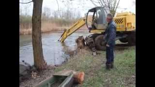 Булатецький копає ставок у родинному селі