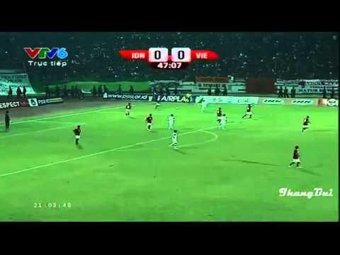 Đẳng cấp chơi bóng khó tin của đội trưởng U19 Việt Nam