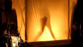 Театр теней на парусах в Виимси в ночь древних огней