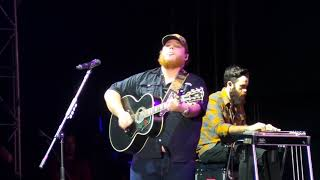 Download Luke Combs ~ Moon Over Mexico ~ Crash My Playa ~ Mexico ~ 01/23/2019 Mp3 and Videos