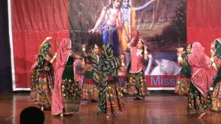 Saloni Dance Iskon.MPG