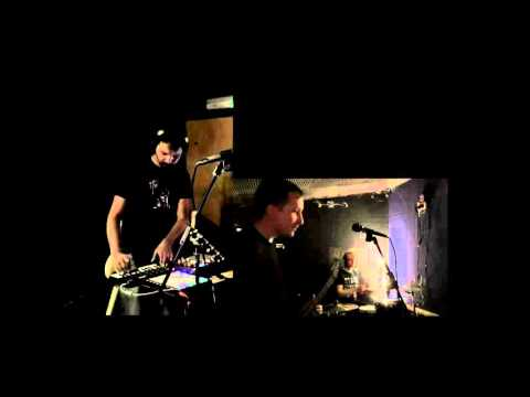 Tiger Mendoza and David Griffiths - Live at Safehouse Studios, Oxford