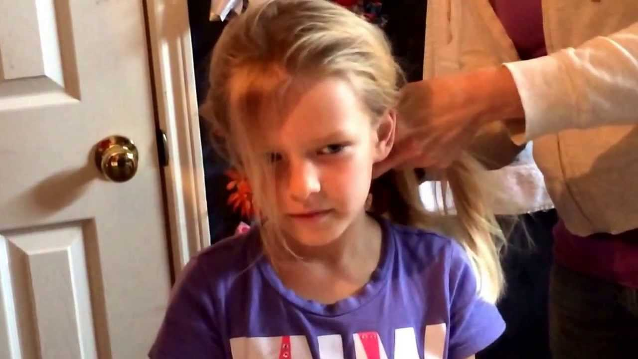 How To Do Your Hair Like Elsa In Frozen After She Lets It Down In A Braid