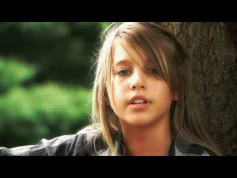 "12-year-old Abby Miller sings ""Good Riddance"" (Time of Your Life) by Green Day (HD version)"