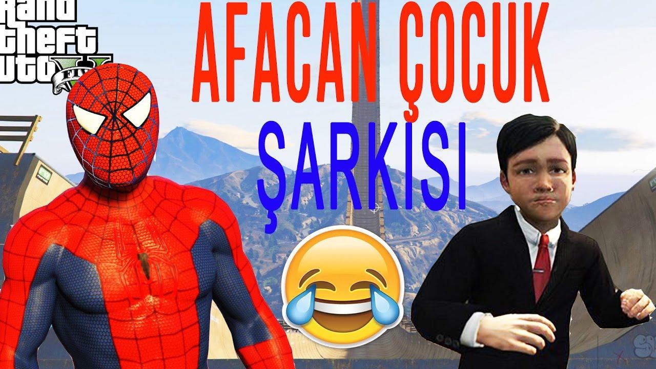 Şimşek Mcqueen ve Örümcek Adam, Süper Kahramanlar Rampa Araba Atlama Afacan Çocuk Şarkısı