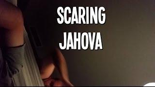 Scaring JahovasWitniss! thumbnail
