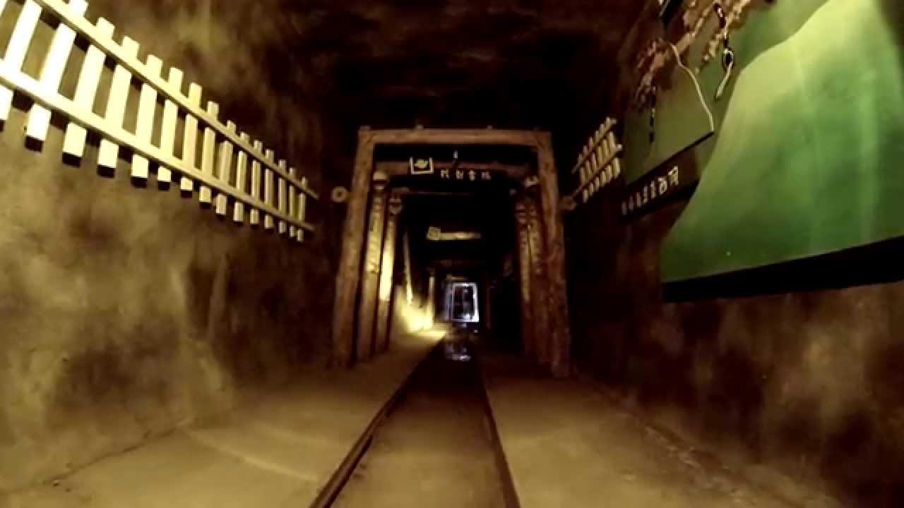 「猴硐坑礦車」的圖片搜尋結果