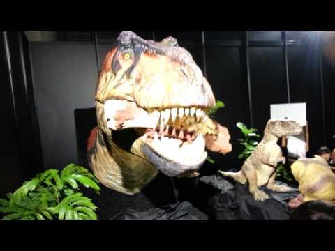 テラノザウルス食事中