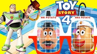 Toy Story 4 Gabby Gabby Hides Woody and Buzz in Swimming Pool Jail